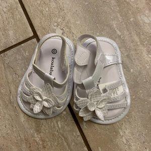 Koala kids White size 0 newborn sandals
